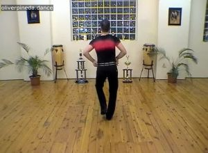 MV44 Hip Ribcage Shoulder action in a salsa basic to music